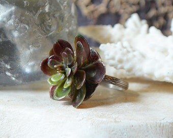 Hen And Chicks Ring Made With Plastic Succulent