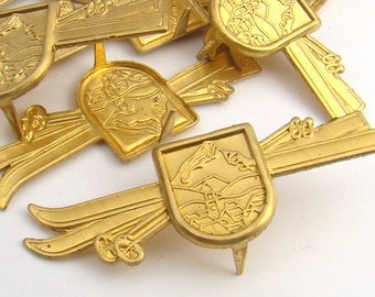 Ski crest stampings with spikes, vintage brass 49mm, 10 pcs