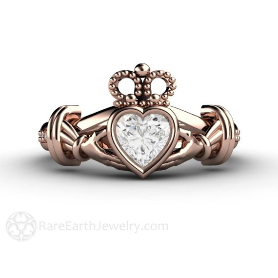claddagh ring white sapphire engagement ring irish promise. Black Bedroom Furniture Sets. Home Design Ideas