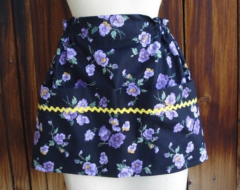 The Gracie Apron in Pansy Print with Four Pockets Across Front READY TO SHIP