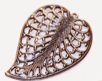 20 pcs of Antique copper plated leaf pendant drops 33x45