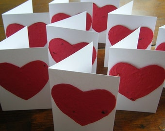 Plantable paper heart on a miniature card w/ mini envelope - Wedding place card, Mini Card Set, Wedding favor, Love, Party favor