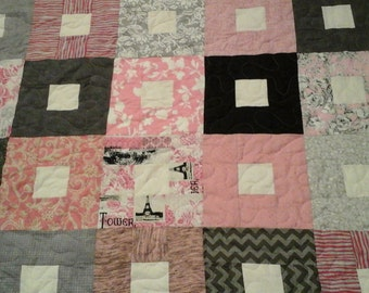 Pink, grey, black and cream queen size quilt