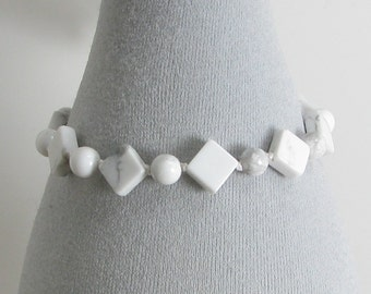 Handknotted White Howlite and Sterling Silver Bracelet