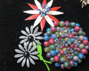3 Vintage Brooches Daisy Red White and Blue Pin Beaded Brooch Costume Jewelry