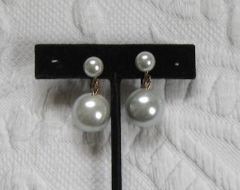 Dangling Faux Pearl Earrings . dangling pearl earrings . Retro Pearl Earrings