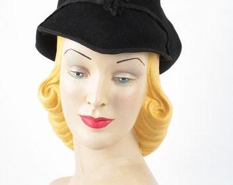 1930s Art Deco Winged Black Felt Hat