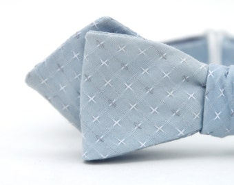 sky blue diamond point freestyle bow tie
