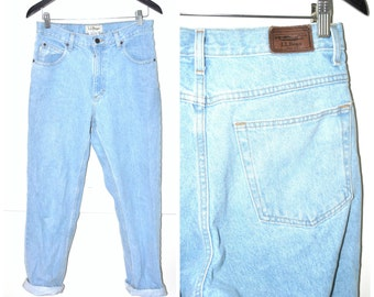 vintage L.L. BEAN mom jeans 80s 90s Grunge pale faded light wash denim high waisted tapered boyfriend jeans size 28 29