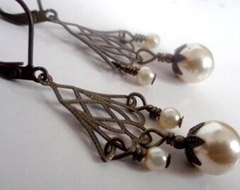 Pearl Earrings,Pearl Chandelier  Earrings, Bridesmaid Earrings SALE