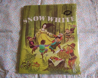 book and record set snow white