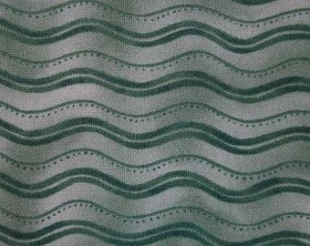 Green Geometric Waves Pattern Cotton Fat Quarter
