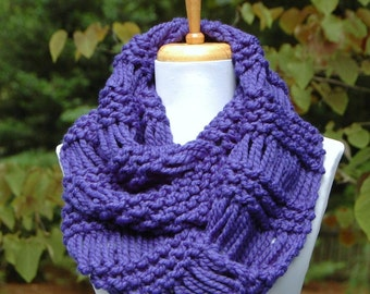 Cobalt Blue Chunky Scarf, Knit Infinity Scarf, Circle Scarf, Hand Knit Infinity Scarf, Women Scarves, Knitted Scarf, Women's Winter Scarf,