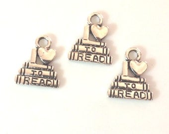 10 I Love To Read Charms / scrapbook / jewelry charm /- Antique Silver - SC5#GL