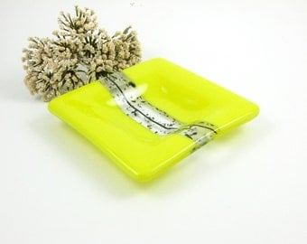 Yellow Glass Ring Dish, Petite Glass Dish, Yellow, Clear and Black Small Glass Pinch Dish