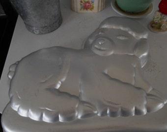1981 Wilton Aluminum Lamb Sheep Figural Cake Pan