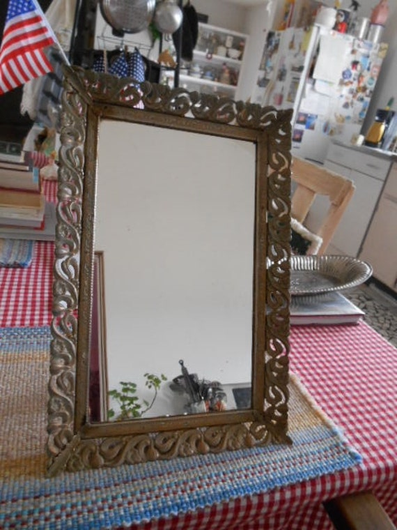 Vintage gold metal stand up mirror for Gold stand up mirror