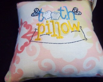 823 Tooth fairy pillow