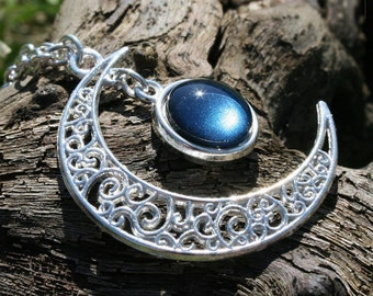 "Necklace ""Gealaí"" Celtic Moonlight Blue Night"
