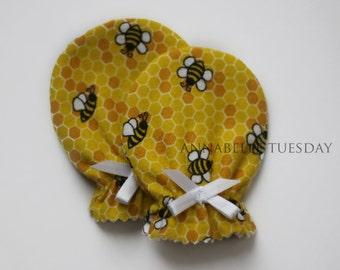 Baby Bee Honeybee Flannel Newborn Scratch Mittens