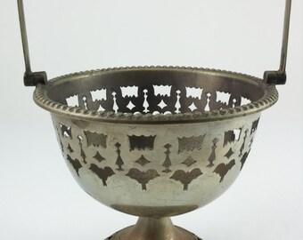 Vintage metal Home Decor Basket Holder Metal Flowers kitchen decor basket