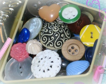 Grandma's Button  Box / VINTAGE Buttons / Gift for her / great for DIY crafts