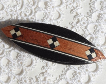 Beautiful handmade black tatting shuttle with oak and ebony inlay