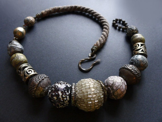 Mangata. Chunky grey choker with oversized rustic vintage beads. Victorian tribal assemblage.