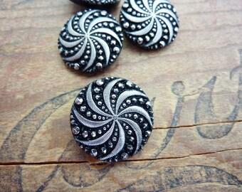 Button Art Deco Glass Button Silver on Black (1)