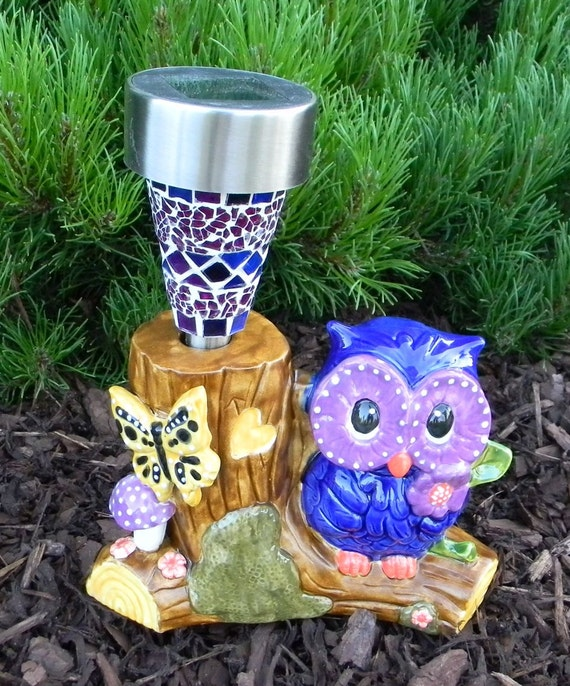 Ceramic owl outdoor garden statue lighted with mosaic solar for How to make illuminated tree stumps