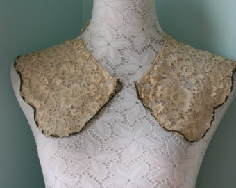 Vintage/Antique Collar and Cuffs - Neckline, Trim