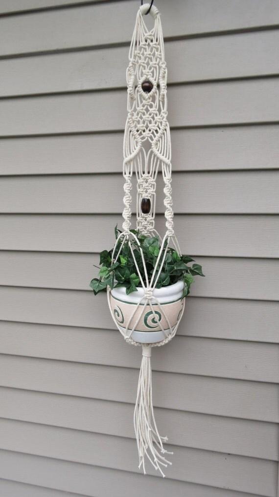 Macrame plant hanger, Modern hanging planter, white plant holder, pot ...