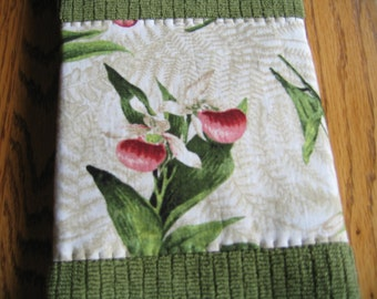 SALE PRICED - Embellished Towels in a Lady Slipper Pattern - Set of 2