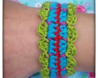 pretty crocheted bracelet, festival vibe, boho, textile jewellery