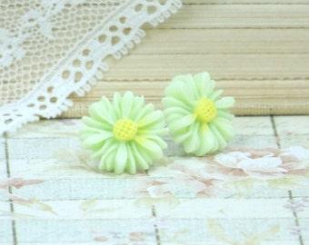Daisy Studs Mint Green Earrings Daisy Stud Earrings Green Flower Earrings Hypoallergenic Daisy Earrings