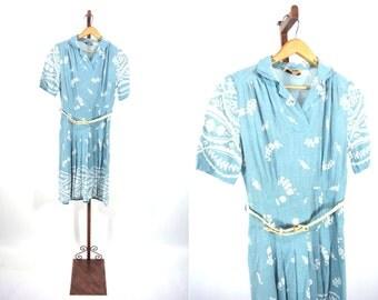 1940s linen dress   40s floral print dress   light blue vintage dress   XS/S