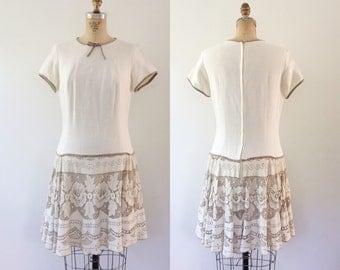 1960s dress / lace mod dress / Linen & Lace dress