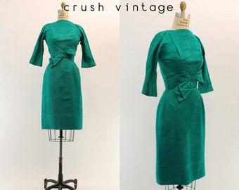 1950s Suzy Perette Dress XS  / 50s Emerald Bow Dress / Crêpe Suzette Dress