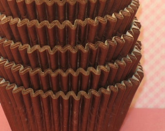 Chocolate Brown Heavy Duty Designer Cupcake Liners   (32)