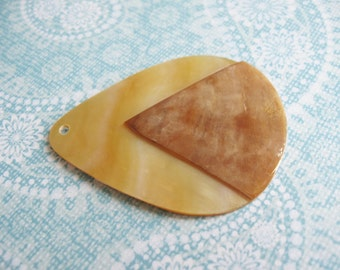 Golden mop pendant - Mother of pearl drop pendant