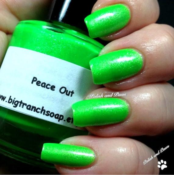 Neon Green Nail Polish Fluorescent FREE U.S. SHIPPING