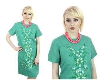 Embroidered Hippie Dress 60s Mod Aline Green Floral Details 70s 1960s Vintage Boho Medium M Large L
