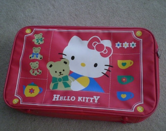 Vintage HELLO KITTY Sanrio Luggage Suitcase Bag