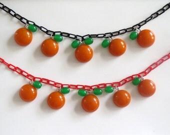 Bakelite Necklace - Oranges