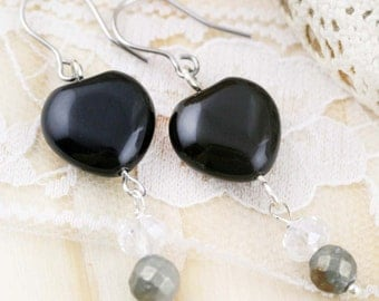 Protection and rejuvenate earrings - onyx and pyrite