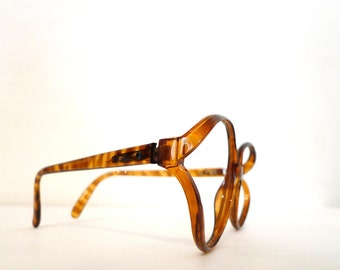 Never Used Mod Designer Big Faux Amber Tortoise Horn Rimmed Eyeglasses Cat Eye Frames Hip Hop New Wave Optyl Germany Sale NOS