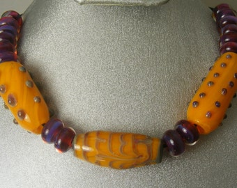 Boro Lampwork Glass hollow bead Necklace (Yln01)