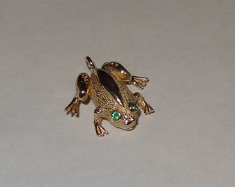 14k Yellow Gold and Emerald Frog Charm