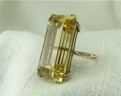 Circa 1940's 20.62 Carat Golden Beryl Ring