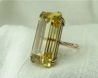 Circa 1940's 20.62 Carat Golden Beryl Ring